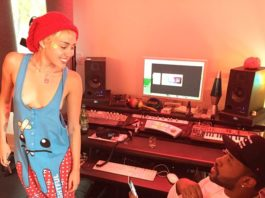 Miley Cyrus Instagram nipple Pasties