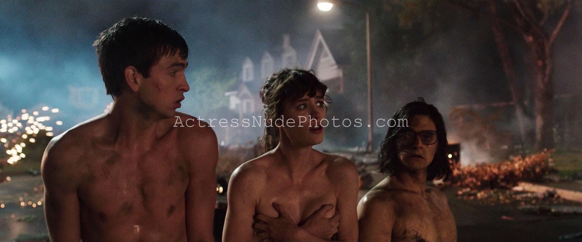 Naked mackenzie davis nude